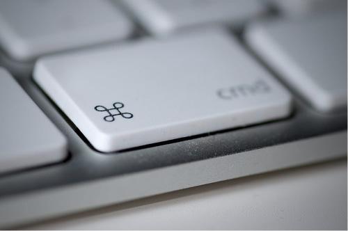 commandボタン